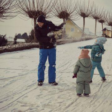 Sneg, sankanje in zimsko veselje
